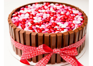Super Sweetie Valentine Cake